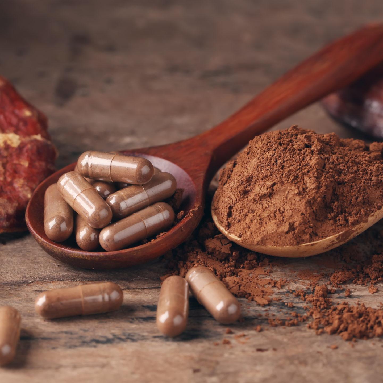 Ganoderma,Lucidum,Capsule,On,Wooden,Background,ling,Zhi,Mushroom,-,Vintage